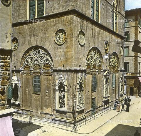 RVA-S-081578-0021 - La chiesa di Orsanmichele a Firenze - Data dello scatto: 1895 ca. - Léon et Lévy / Roger-Viollet/Alinari