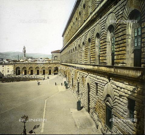 RVA-S-081578-0028 - Palazzo Pitti a Firenze - Data dello scatto: 1895 ca. - Léon et Lévy / Roger-Viollet/Alinari