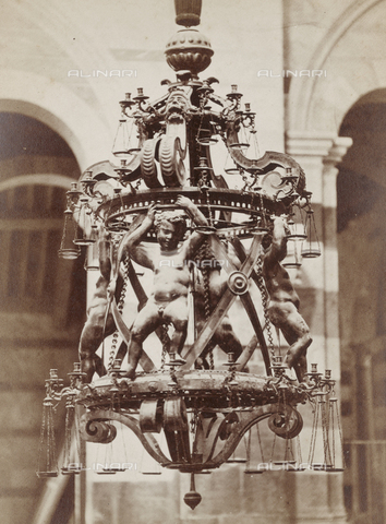 "SCC-A-000002-0004 - Bronze chandelier known as ""Lampada di Galileo(Galileo's Lamp)"" made on Battista Lorenzi's design and situated at the center of the nave in the Pisa Cathedral - Data dello scatto: 1855 ca. - Archivi Alinari, Firenze"