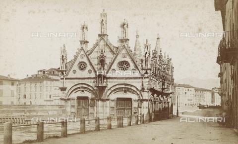 SCC-A-000002-0011 - Chiesa di Santa Maria della Spina a Pisa - Data dello scatto: 1855 ca. - Raccolte Museali Fratelli Alinari (RMFA)-collezione Scarpellini, Firenze