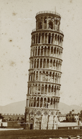 SCC-A-000003-0001 - The bell tower of the Pisa Cathedral, or leaning tower - Data dello scatto: 1855 ca. - Archivi Alinari, Firenze