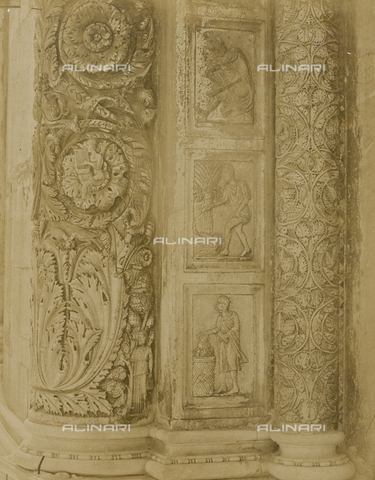 SCC-A-000007-0034 - Baptistery of Pisa: Detail of a jamb of the central door, with representations of the Months. - Data dello scatto: 1855 ca. - Archivi Alinari, Firenze
