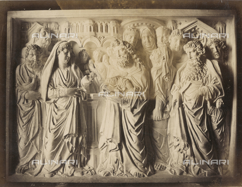 SCC-A-000007-0038 - Presentation to the temple, tile from the pulpit by Nicola Pisano, Battistero di Pisa - Data dello scatto: 1855 ca. - Archivi Alinari, Firenze