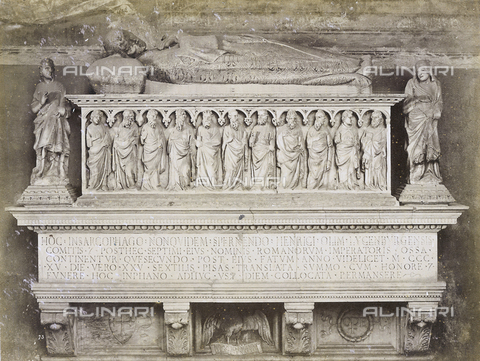 SCC-A-000007-0043 - Funeral monument of the Emperor Henry VII, work by Tino da Camaino. The work is located Northern Part of the Cemetery, Pisa. - Data dello scatto: 1855 ca. - Archivi Alinari, Firenze