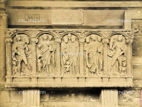 SCC-A-000007-0044 - Sarcofago romano, Camposanto di Pisa - Data dello scatto: 1855 ca. - Raccolte Museali Fratelli Alinari (RMFA)-collezione Scarpellini, Firenze