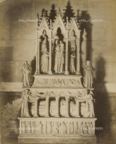 SCC-A-000007-0045 - Funeral monument of Simone Saltarelli, bishop of Pisa. Sculpture by Nino Pisano, located in the Church of Santa Caterina, Pisa. - Data dello scatto: 1855 ca. - Archivi Alinari, Firenze