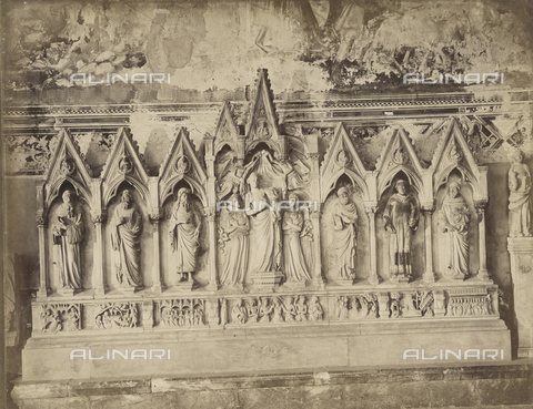 SCC-A-000007-0047 - Marble altar-piece by Tommaso Pisano now found in the Church of Saint Francis in Pisa. - Data dello scatto: 1855 ca. - Archivi Alinari, Firenze