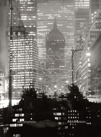 SDA-F-001535-0000 - Grattacieli della città di New York - Data dello scatto: 1950-1960 ca. - Archivi Alinari, Firenze