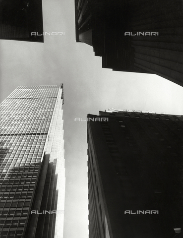 SDA-F-001537-0000 - Skyscraper in New York