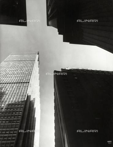 SDA-F-001537-0000 - Skyscraper in New York
