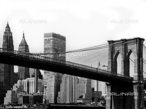 SDA-F-001624-0000 - Brooklyn Bridge, New York