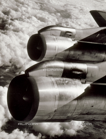 SDA-F-001829-0000 - Jet engines.