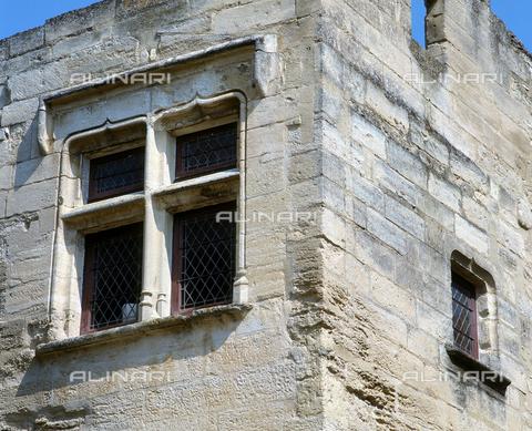SEA-F-000070-0000 - A window of Fort Saint-André in Villeneuve Les Avignon - Date of photography: 1996 - Seat Archive/Alinari Archives