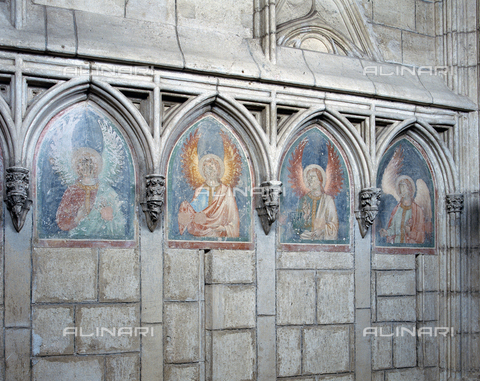 SEA-F-000116-0000 - Frescoes with angels around the ogival arch in the Cathedral of Saint-Nazaire in Beziers - Date of photography: 1996 - Seat Archive/Alinari Archives