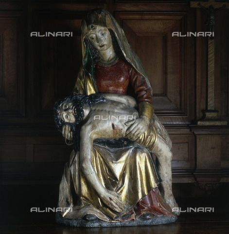 SEA-S-AO1981-0009 - Pietà, painted and gilded wood, Cathedral Treasury, Aosta - Date of photography: 1981 - Seat Archive/Alinari Archives