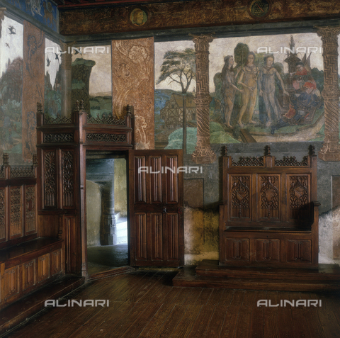 SEA-S-AO1983-0004 - Landscape and the Judgment of Paris,; fresco, Great Baronial Hall, Castle of Issogne, Aosta - Date of photography: 1983 - Seat Archive/Alinari Archives