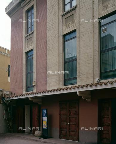 SEA-S-CA2001-0001 - Museo del Tesoro di Sant'Eulalia: esterno dell'edificio, Cagliari - Data dello scatto: 2001-2002 - Archivi Alinari, Firenze