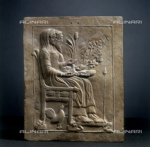 SEA-S-RC1984-0004 - Pinax, votive table in terracotta with Persephone and Hades sitting in thrones, from Locri and kept in the National Museum of Reggio Calabria - Date of photography: 1984 - Seat Archive/Alinari Archives, Reproduced with the permission of Ministero per i Beni e le Attività Culturali