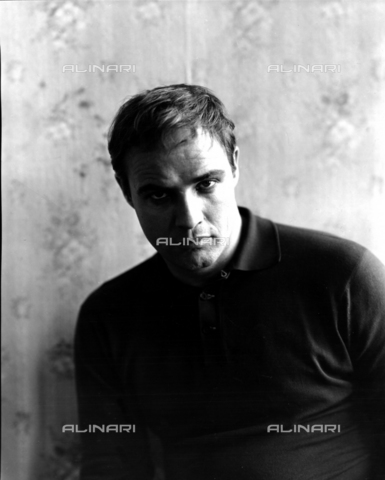 """SFA-F-000251-0000 - Marlon Brando portrayed on the set of the film """"The Fugitive Kind"""" by Sidney Lumet; New York, 1958 - Data dello scatto: 1958 - Shaw Family Archives © licensed by Alinari"""