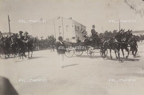 TCA-F-00167V-0000 - I Savoia in visita a Campobasso - Data dello scatto: 23/08/1905 - Archivi Alinari-donazione Trombetta, Firenze