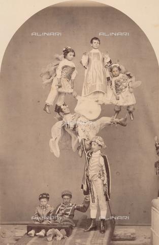 TCA-F-00244V-0000 - Rappresentazione sacra sui Misteri: San Leonardo - Data dello scatto: 1874 - Archivi Alinari-donazione Trombetta, Firenze