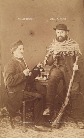 TCA-F-01400V-0000 - Il cacciatore e il fumatore di pipa - Data dello scatto: 1863 ca. - Archivi Alinari-donazione Trombetta, Firenze