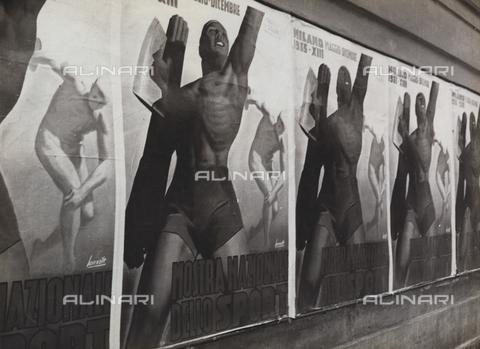TCC-F-004840-0000 - Allestimenti con fotomontaggi alla mostra nazionale dello sport, Triennale di Milano - Data dello scatto: 1935 - Touring Club Italiano/Gestione Archivi Alinari