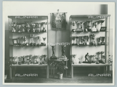 TCI-F-A03903-0000 - europa, italia, piemonte, sede del gruppo sportivo riv torino, 1940 1950 - Touring Club Italiano/Gestione Archivi Alinari