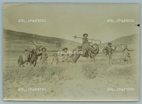 TCI-F-A04471-0000 - europa, italia, piemonte, pragelato, vita campestre, 1900 1910 - Touring Club Italiano/Gestione Archivi Alinari