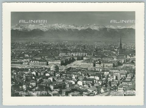 TCI-F-A09870-0000 - europa, italia, piemonte, torino, panorama con le alpi, 1957 - Touring Club Italiano/Gestione Archivi Alinari