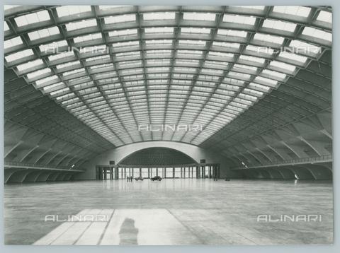 TCI-F-A10666-0000 - europa, italia, piemonte, torino, esposizioni, interno del palazzo del lavoro, 1966 - Touring Club Italiano/Gestione Archivi Alinari