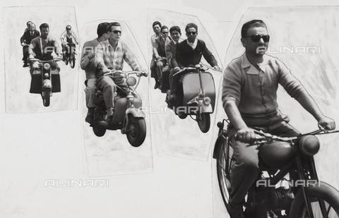 TCI-S-003557-AR03 - Fotomontaggio di motociclisti - Data dello scatto: 1955 - Touring Club Italiano/Gestione Archivi Alinari