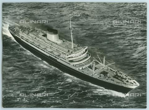 TCI-S-012153-AR03 - transatlantico andrea doria in navigazione, 1951 - Touring Club Italiano/Gestione Archivi Alinari