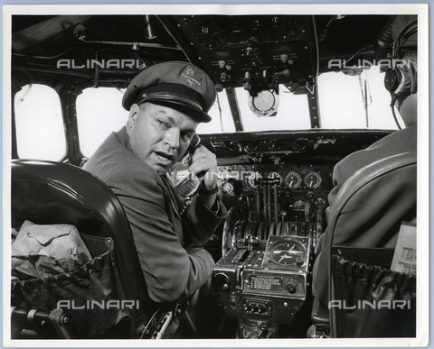TCI-S-013860-AR03 - cockpit and pilot, 1955 - Touring Club Italiano/Alinari Archives Management
