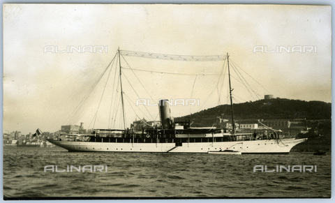 TCI-S-015053-AR03 - elettra the ship, 1930 - Touring Club Italiano/Alinari Archives Management