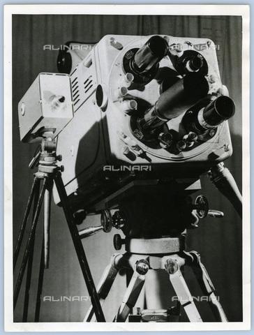 TCI-S-015194-AR03 - telecamera modello inglese, 1959 - Touring Club Italiano/Gestione Archivi Alinari