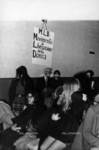 TEA-S-001002-0012 - Assemblea del Movimento di Liberazione della Donna (M.L.D) - Data dello scatto: 1970 ca. - Archivi Alinari, Firenze