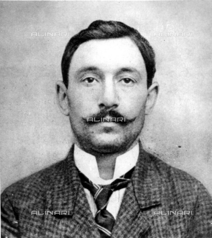 """TOP-F-004330-0000 - The italian painter and decorator Vincenzo Peruggia, who became famous for having stolen the """"Gioconda"""" known as """"Mona Lisa"""" from the Louvre Museum in 1911 - TopFoto / Alinari Archives"""