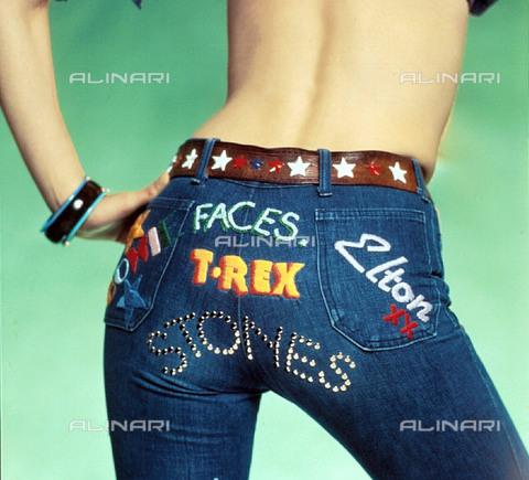 TOP-F-021544-0000 - I jeans sono i segni dei tempi. 1973, Generale - Data dello scatto: 1973 - 2005 / TopFoto / Archivi Alinari