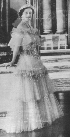 TOP-F-028274-0000 - La regina madre 1939, Reali, Regina madre - Data dello scatto: 1939 - 2005 / TopFoto / Archivi Alinari