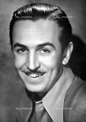 TOP-F-075450-0000 - Film producer and animator Walt Disney (1901-1966) - Ronald Grant Archive / TopFoto / Alinari Archives