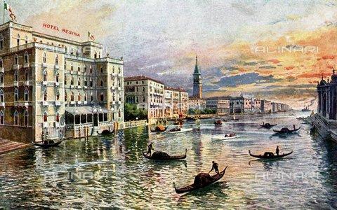 TOP-F-106571-0000 - Canale di Venezia con l'Hotel Regina, cartolina - TopFoto / Archivi Alinari