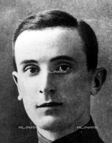 TOP-F-537613-0000 - Portrait of Felix Yusupov, Count Sumarokov-El'ston, known for having participated in the plot that led to the death of Starec Grigorij Rasputin - TopFoto / Alinari Archives