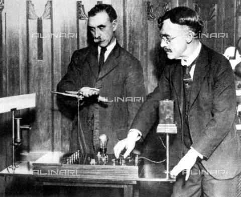 TOP-S-000020-0705 - Truth machine, 1928, USA - Data dello scatto: 1928 - TopFoto / Alinari Archives