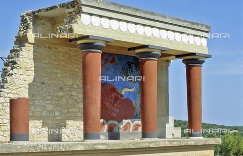 TOP-S-000119-0755 - Il palazzo di Cnosso ricostruito dall' archeologo inglese Arthur Evans (1851-1941) - 2005 Elmar R. Gruber / TopFoto / Archivi Alinari