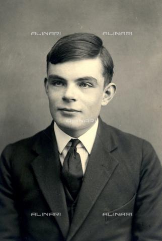 TOP-S-HIP261-7746 - Il matematico britannico Alan Turing (1912-1954) - TopFoto / Archivi Alinari, Heritage-Images