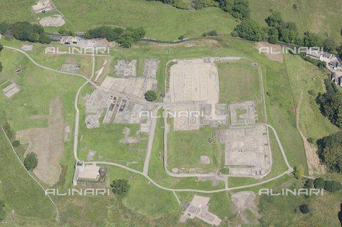 TOP-S-HIP269-9783 - Veduta aerea di Vindolanda, il forte di truppe ausiliarie costruito dai romani durante la conquista della Britannia - Data dello scatto: 2014 - TopFoto / Archivi Alinari, Heritage-Images