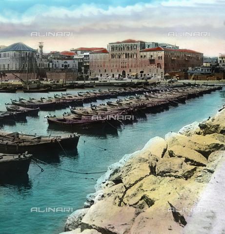 UIG-F-030865-0000 - Porto di Beirut - Data dello scatto: 1920 - United Archives / UIG/Archivi Alinari