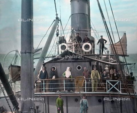 UIG-F-030917-0000 - Travellers on a steam ship on the Mediterranean line. - Data dello scatto: 1920 - United Archives / UIG/Alinari Archives