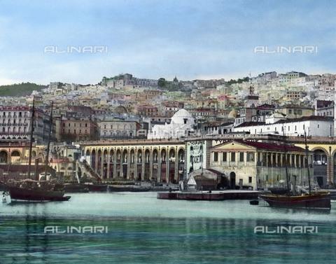 UIG-F-030918-0000 - Veduta del porto di Algeri - Data dello scatto: 1920 - United Archives / UIG/Archivi Alinari